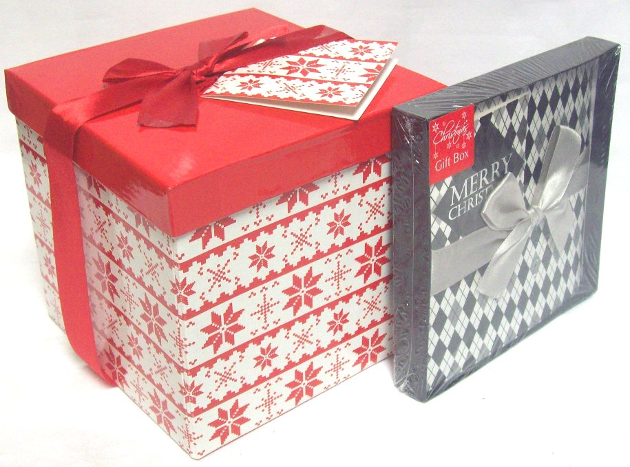 Set of flat packed build your own christmas gift boxes