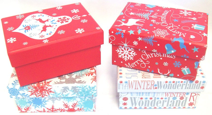 Set of small christmas gift boxes with lid red blue